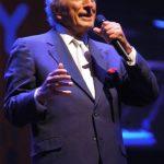 Tony Bennett Singing