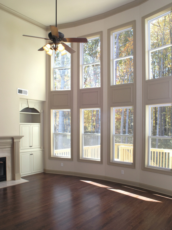 Livingroom Windows with High ceiling
