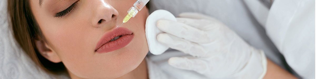 woman receiving filler treatment